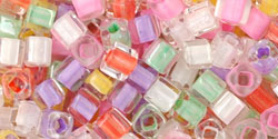 TOHO - Cube 3mm : Color-Lined Pastel Mix