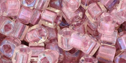 TOHO - Cube 4mm : Inside-Color Rainbow Crystal/Rose-Lined